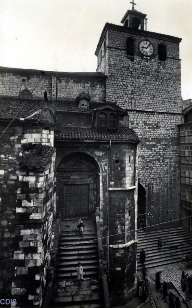Puerta de los Mártires. Ca. 1932/2012. Lucien Roisin Besnard, CDIS.