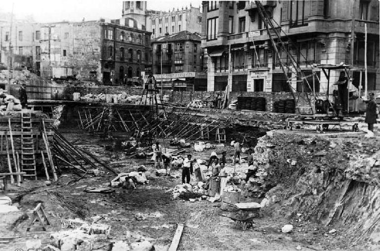 Cimientos de la actual Subdelegación de Hacienda, 1944