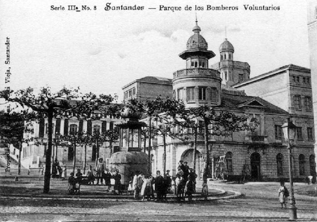 Plaza de Numancia. 1903/1904. Colección Víctor del Campo Cruz. CDIS